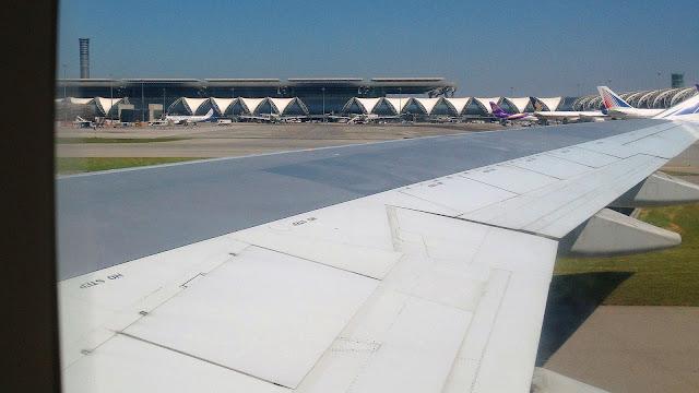 Изображение вида из окна самолёта, Бангкок, Тайланд
