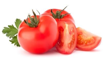 Cara Menghilangkan Jerawat dan Bekasnya Secara Alami dengan tomat