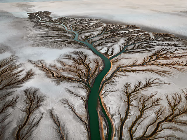 Water by Edward Burtynsky, Contemporary Arts Center, New Orleans; Dayana Knits blog