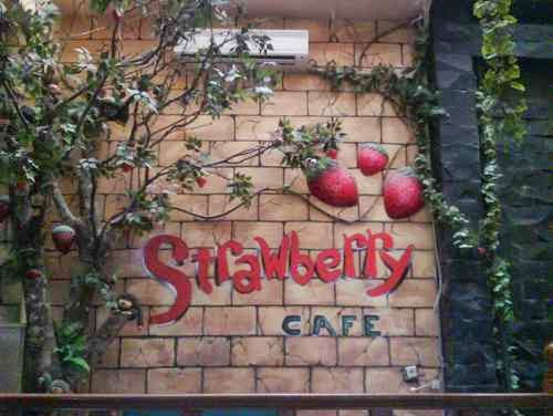 Strawberry café – wisata kuliner di Jakarta