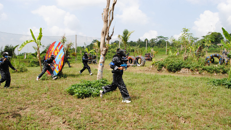 Paket Wisata Aktifitas Bermain Paintball di Bali