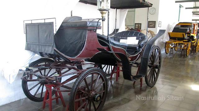 Koleksi Kereta di Museum Kareta Yogyakarta