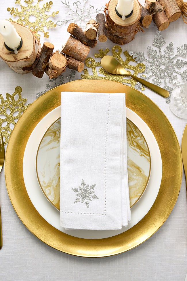 Woman in Real Life:The Art of the Everyday: DIY Christmas Napkin