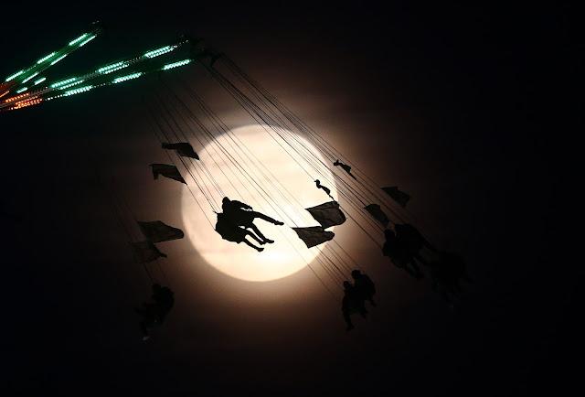 طريقة تصوير القمر والحصول على صور مدهشة  و احترافية
