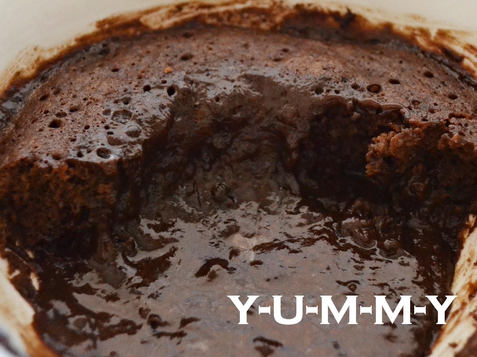 Y-U-M-M-Y: Microwave Chocolate Cake - A Sweet Treat Under 5 Minutes