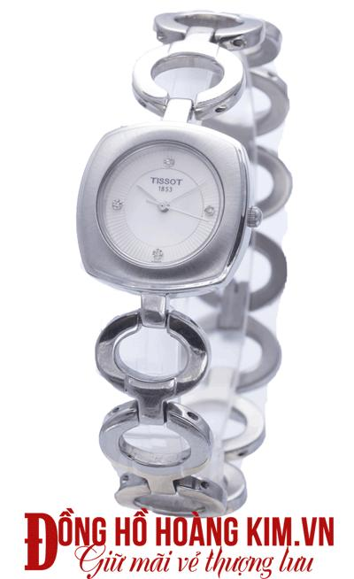 đồng hồ nữ giảm giá 8/3 chính hãng