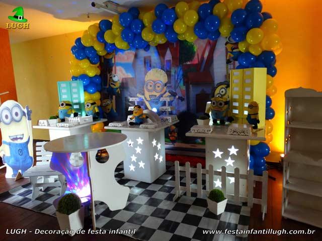 Decoração tema Minions para festa de aniversário infantil