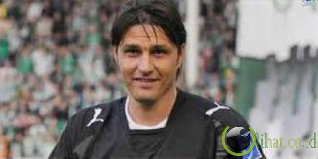 Dimitar Ivankov: 42 gol