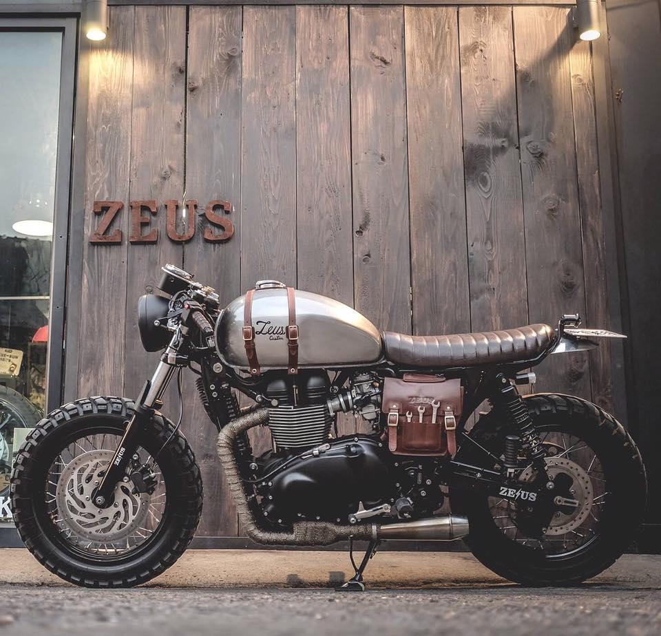 Triumph Cafe By Zeus Customs