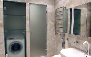 стеклянные двери для ванной и туалета