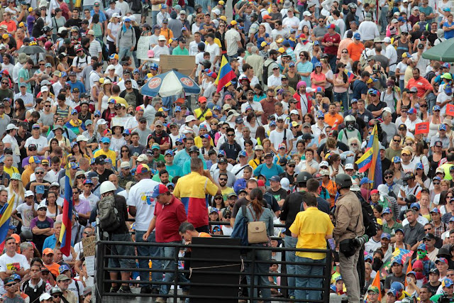 Harán plebiscito contra Maduro y ANC