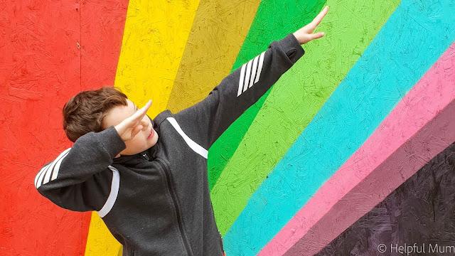 Rainbow dab