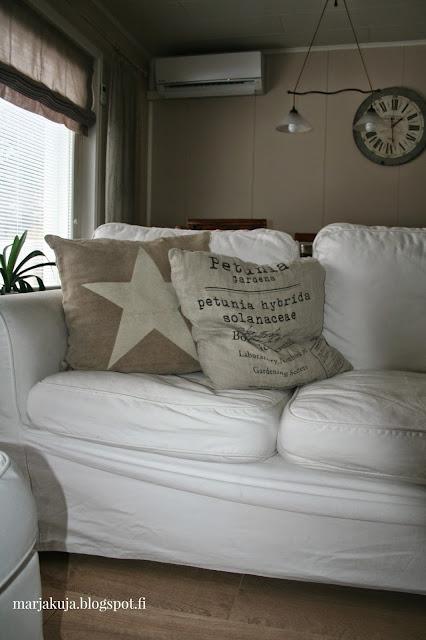 olohuoneen sisustus ektorp sohva