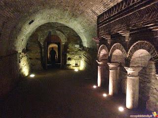 Santarcangelo di Romagna le grotte nel tufo
