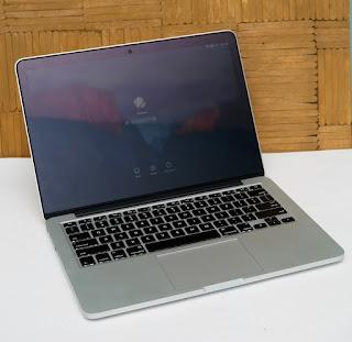 Macbook Pro Retina Early 2015 Bekas
