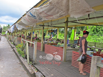 Asajaya vegetalbe and fruit stalls