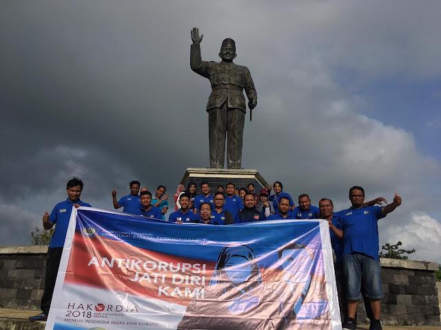 Sebarkan Energi Positif, KPPN Saumlaki Gelar Fun Walk Peringati Hari Anti Korupsi Sedunia