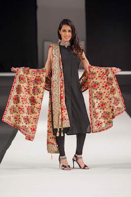 Komal-Nasir-Latest-Shawl-Collection-1