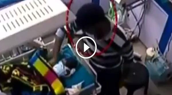 VIDEO: ZALIM ! Bayi Berusia 3 Hari Dipatahkan Kakinya Oleh Kakitangan Hospital.Semuanya Berlaku Hanya Kerana ...