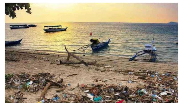 Jurus Balai Taman Nasional Komodo Atasi Masalah Sampah