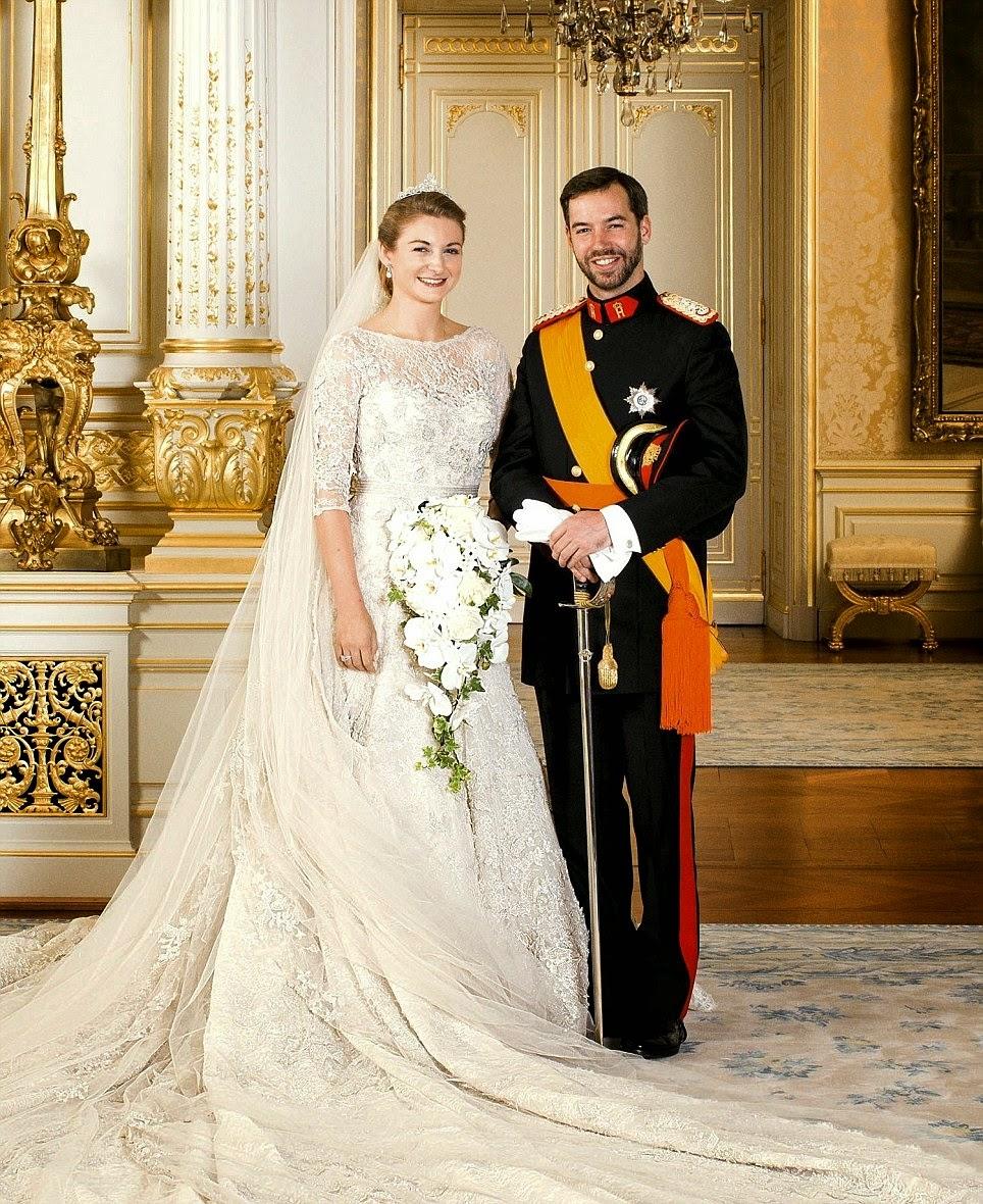 article 2220578 159ACC8E000005DC 893 964x1180 - Casamento Real - Príncipe Guillaume do Luxemburgo ♥ Condessa Stéphanie de Lannoy