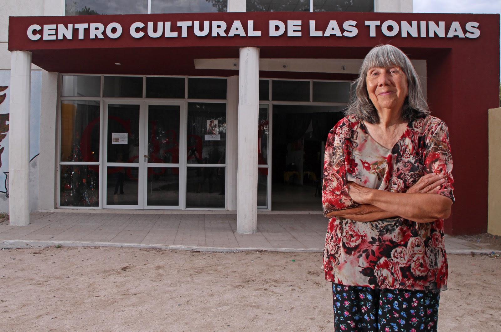 Amables Antes La Vecina municipalidad de la costa: las toninas, 57 aÑos en la mirada