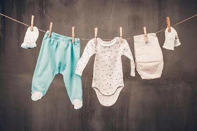 Inilah Cara Mencuci Baju Bayi dengan Aman