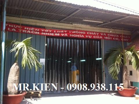 Lắp rèm nhựa PVC Nhà máy bao bì Hạnh Minh Thi