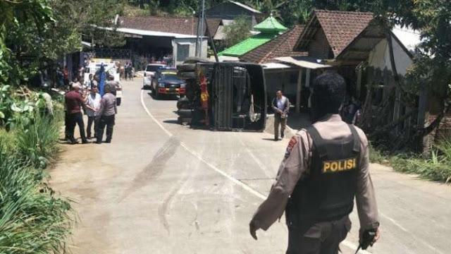 Kronologi Truk Rombongan Pengamanan Jokowi Terguling di Mojokerto
