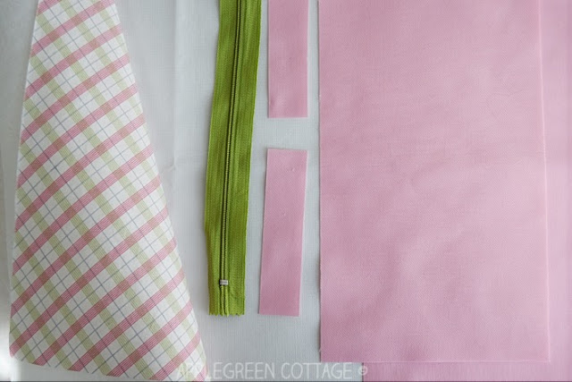 zipper pouch tutorial with french seams