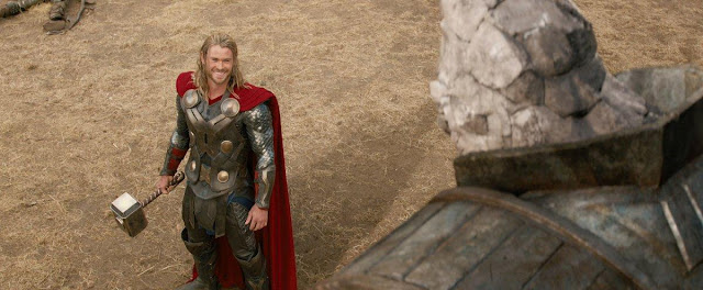 Chris Hemsworth weighs the ups and downs of being a Nordic god Onlinelatesttrends