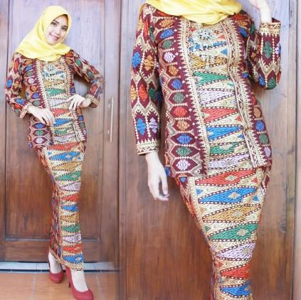 77 Model Baju Batik Muslim 2020 Modern Terbaru Remaja