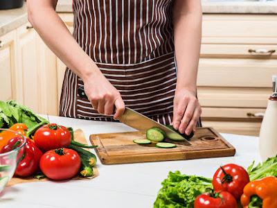 Τι πρέπει να περιλαμβάνει η δίαιτα της εμμηνόπαυσης (εικόνες)