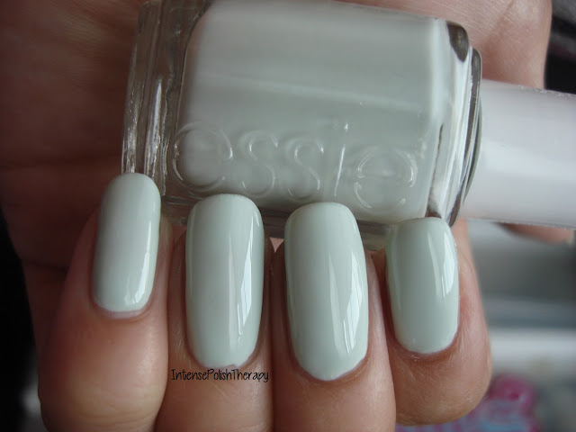 Essie - Absolutely Shore