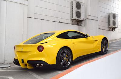 Inilah 8 Merek Mobil Termahal di Indonesia - Ferrari F12 Barlinetta
