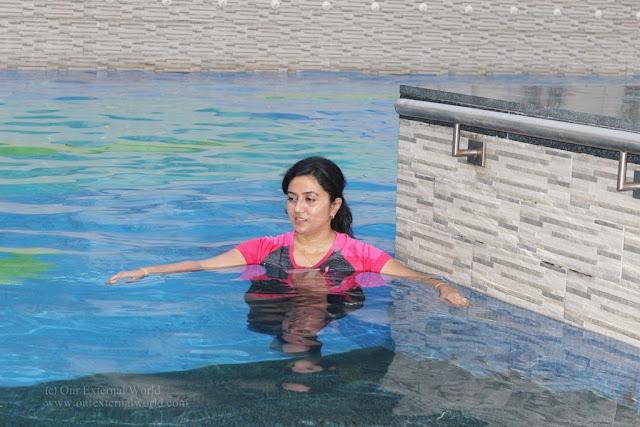 V Club swimming pool