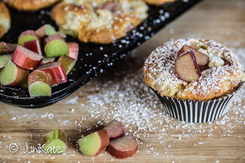 JuniKate: Rezept Check// Rhabarber-Käsekuchen-Muffins