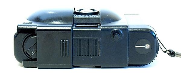 Olympus XA1, Top