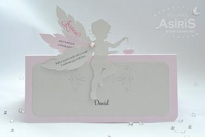 Plic bani botez din carton roz cu Ingeras roz cu aripi mobile si inima roz