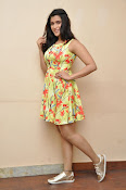 Jakkanna fame Mannara Chopra photos gallery-thumbnail-10