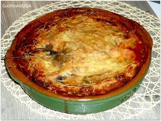image Parmigiana : aubergines à la sauce tomate et au parmesan