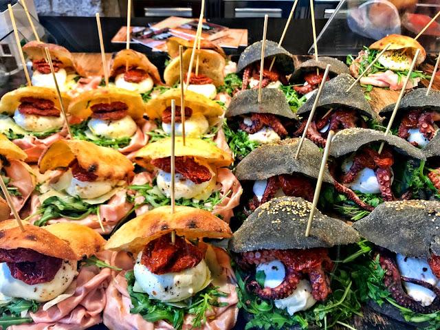 Mastro Ciccio czyli najlepsze miejsce na włoskie śniadanie z ośmiornicą w roli głównej w Bari