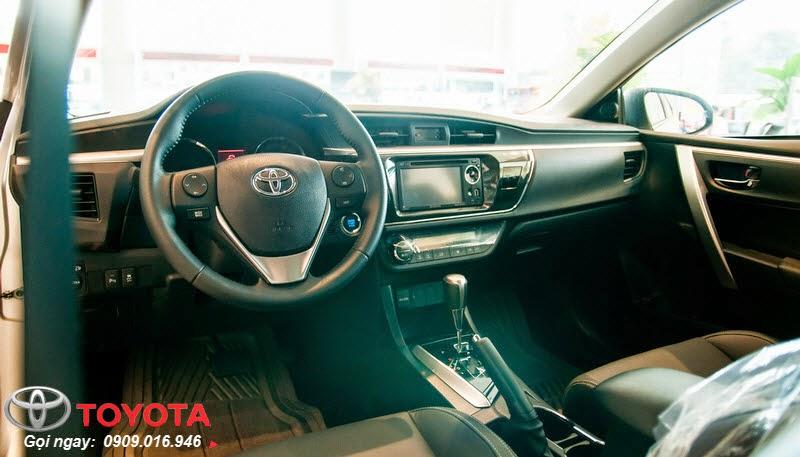 altis 2.0 8 - Trải nghiệm Toyota Corolla Altis 2015: Tin cậy đến từng chi tiết - Muaxegiatot.vn