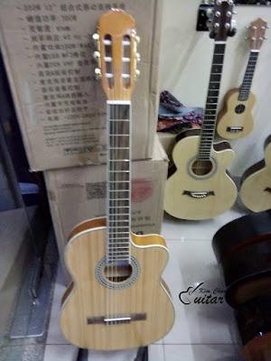 Bán đàn guitar Classic kim chung giá 1 triệu 6