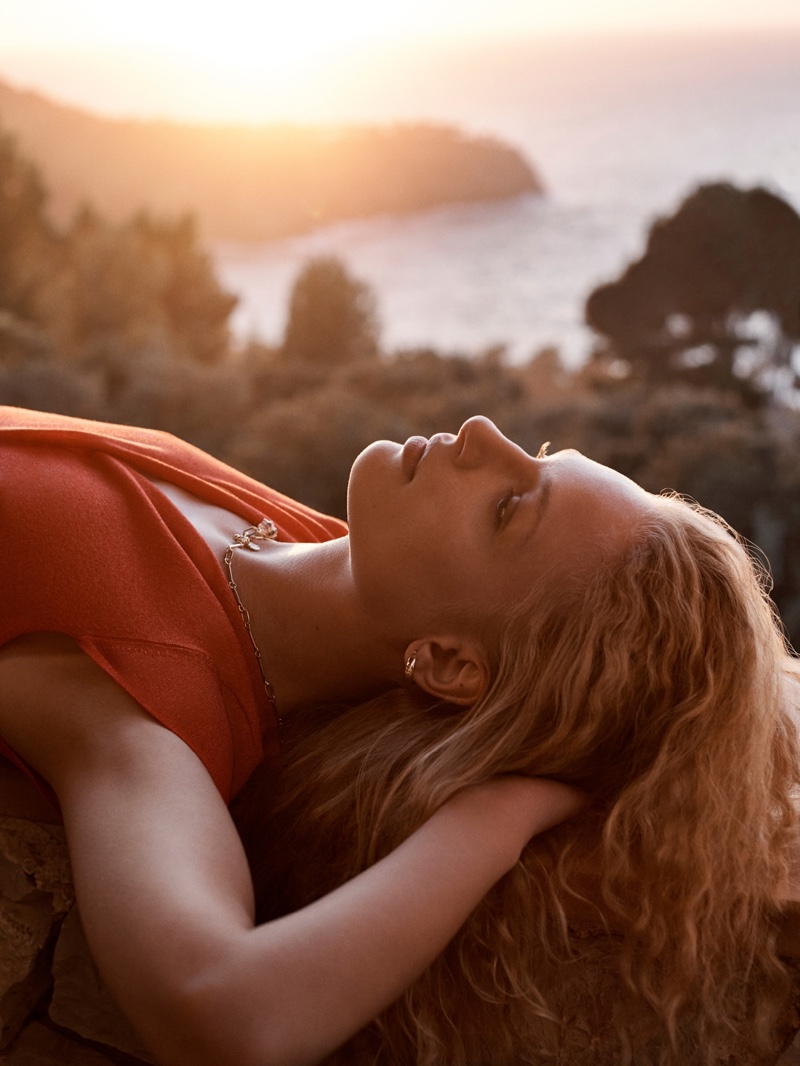 Frederikke Sofie fronts Mango Room With a View spring-summer 2019 lookbook