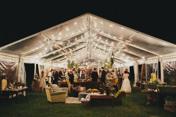 Petrecerile in corturile speciale pentru evenimente, ideale pentru distractii memorabile