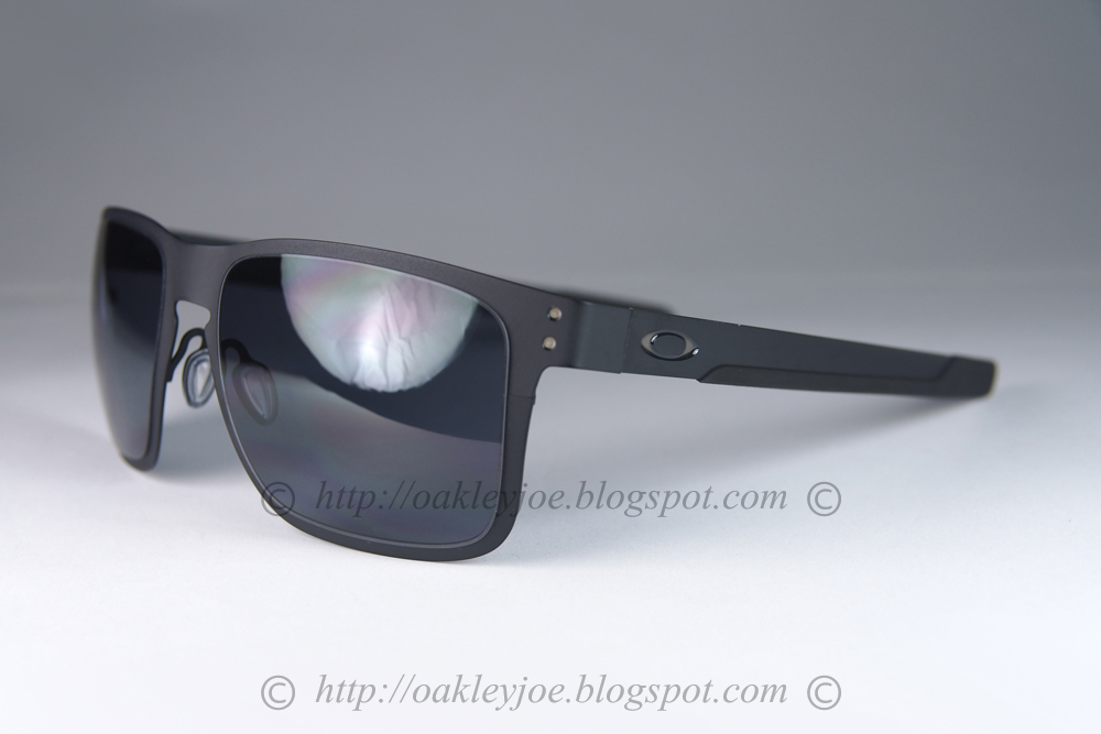 eb04d73c88 OO4123-0155 Holbrook Metal matte black + grey  225 lens pre coated with  Oakley hydrophobic nano solution complete package comes with box and  microfiber ...