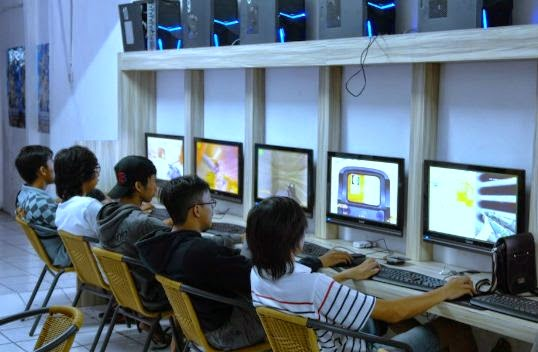 Peluang Bisnis Di Internet Membuka Usaha Warnet Atau Game Online