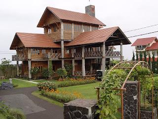 Sewa villa istana bunga