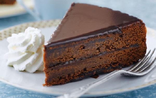 Receita de Torta Sacher (Imagem: Reprodução/Cocina)